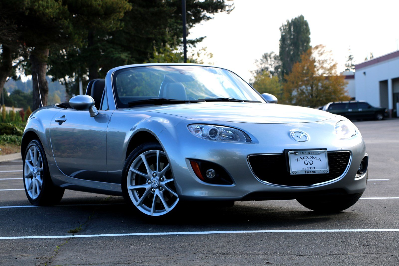 Pre-Owned 2011 Mazda MX-5 Miata Grand Touring