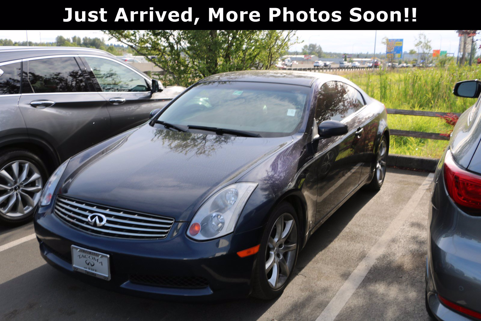 Pre-Owned 2004 INFINITI G35 Coupe with Leather
