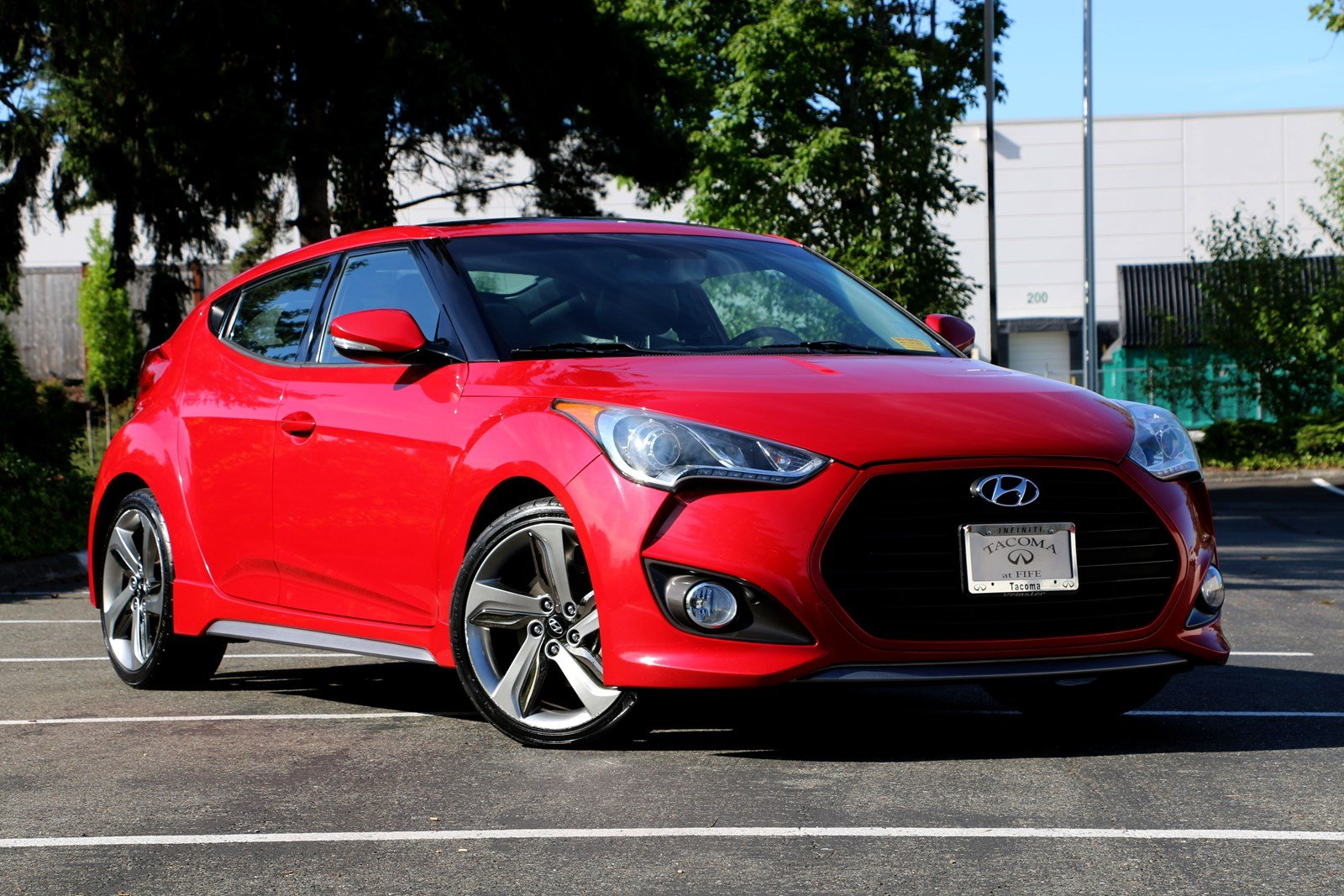 Pre-Owned 2013 Hyundai Veloster Turbo with Black Int